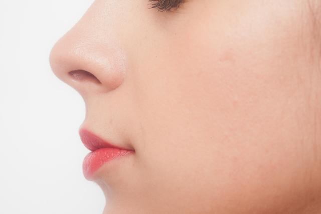 鼻毛ってどんな役割があるの?痛くない正しい鼻毛の脱毛方法とは