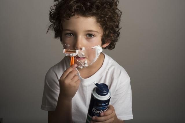 子供の鼻の下の産毛はどうしてあげるべき?処理の方法やみんなの意見を聞かせて!
