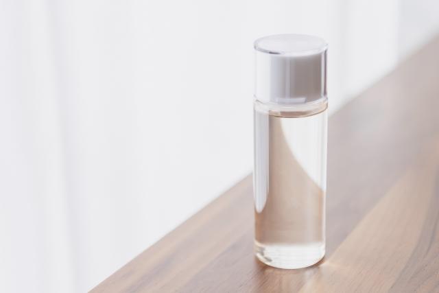 既にオイルを持っているなら、無印良品などの詰め替えボトルが便利