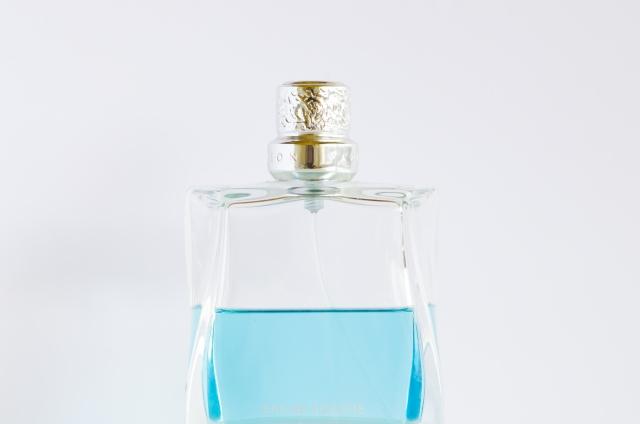 coloria(カラリア)の香水の定期便はどんな感じ?評判やサービス内容、取扱い香水を紹介