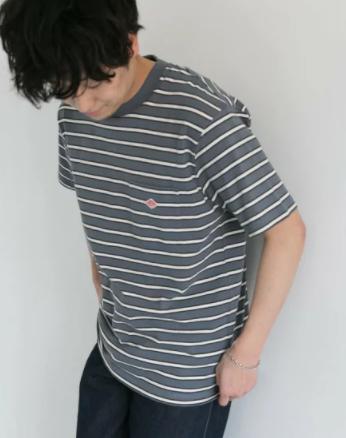 ボーダーTシャツ|白に負けず、毎シーズン完売になるほど人気