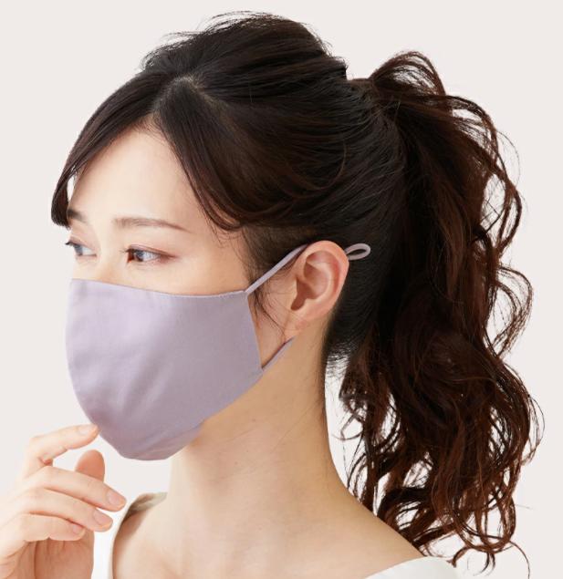 シルクのマスクなら肌に優しい上に、顔の紫外線対策もできる