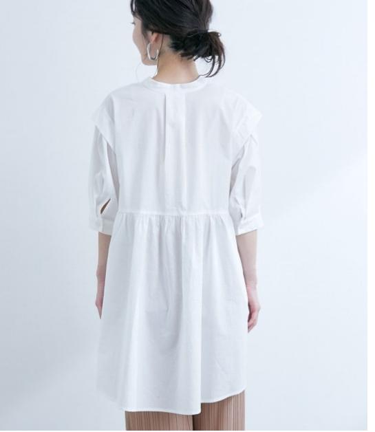 白シャツ③初心者が挑戦しやすいチュニックで大人可愛い印象をつくる