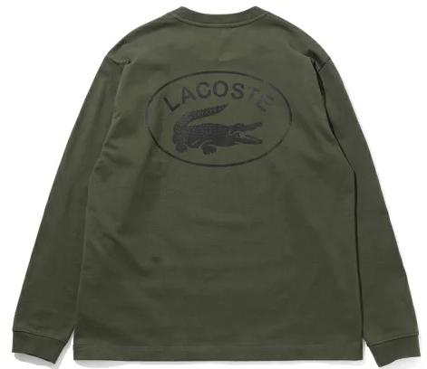 落ち着いた色味で、カジュアルなラコステのロングTシャツなら年中着られる